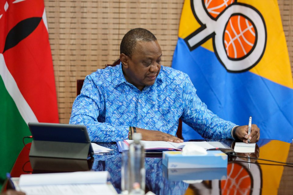 His Excellency President Uhuru Kenyatta has today issued an Executive Order establishing a framework for the management, coordination and integration of public port, railway and pipeline services under the Kenya Transport and Logistics Network (KTLN).