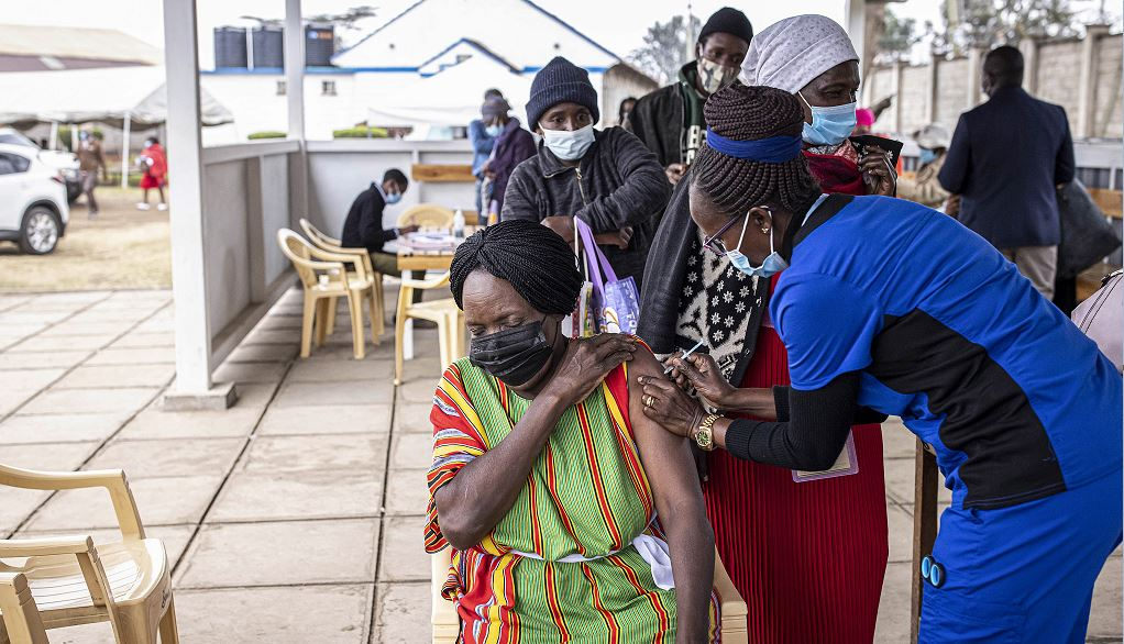 Number of fully vaccinated persons in Kenya surpasses 662000 - CGTN